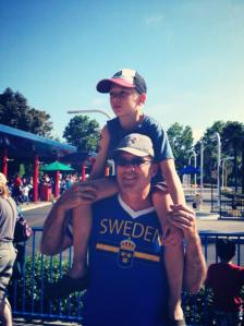 David Robey and his son at Seaworld in San Diego.